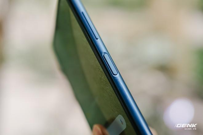 Trên tay Galaxy A12: Thiết kế trẻ trung, cụm 4 camera 48MP chất lượng, pin 5000mAh, giá chưa tới 4 triệu - Ảnh 10.