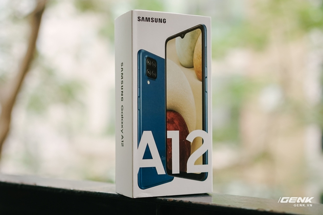 Trên tay Galaxy A12: Thiết kế trẻ trung, cụm 4 camera 48MP chất lượng, pin 5000mAh, giá chưa tới 4 triệu - Ảnh 1.