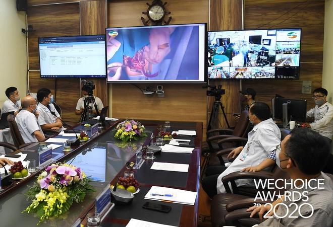 Telehealth - Cánh tay nối dài diệu kỳ giúp bác sĩ Việt Nam phẫu thuật cho bệnh nhân từ khoảng cách hàng trăm km lọt top đề cử WeChoice Awards 2020 - Ảnh 3.