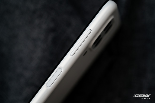 Trên tay Samsung Galaxy M22: Dày dặn để tích hợp pin 5000mAh, màn hình 90Hz, camera 48MP - Ảnh 6.
