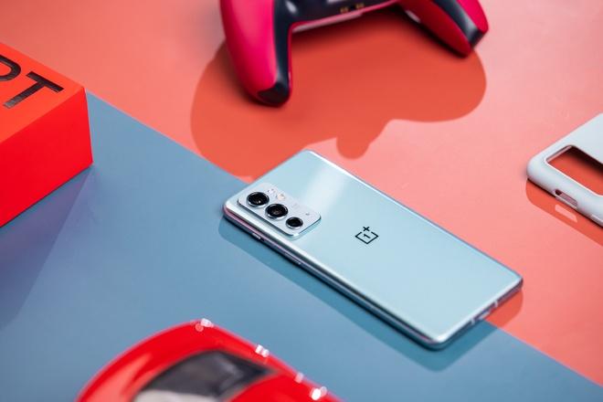 OnePlus 9RT ra mắt: Màn hình AMOLED 120Hz, Snapdragon 888, camera dùng cảm biến của OPPO Find X3, giá từ 11.6 triệu đồng - Ảnh 5.