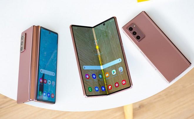 Ảnh render chất lượng cao của Galaxy Z Fold 3 gợi mở khả năng tương đồng thiết kế với Galaxy S21 Ultra? - Ảnh 1.