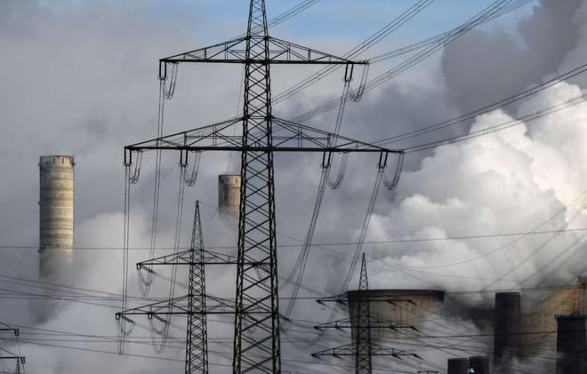 Ô nhiễm không khí do đốt nhiên liệu hóa thạch gây ra cái chết cho 8,7 triệu người trong năm 2018? - Ảnh 1.