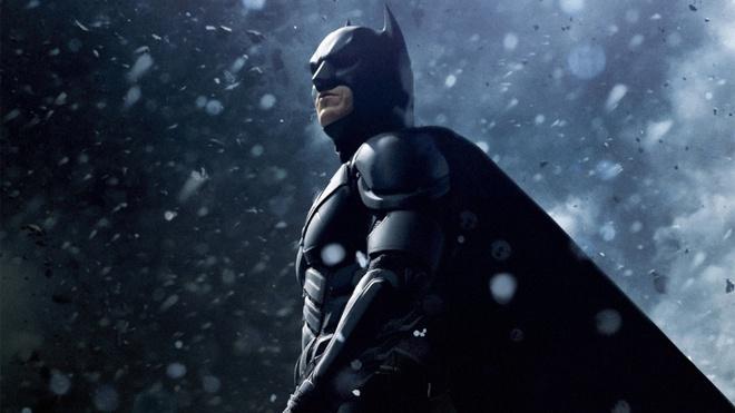10 bí mật hậu trường của The Dark Knight Rises: Suýt chút nữa Leonardo DiCaprio đã cùng Heath Ledger đối đầu với Christian Bale - Ảnh 1.
