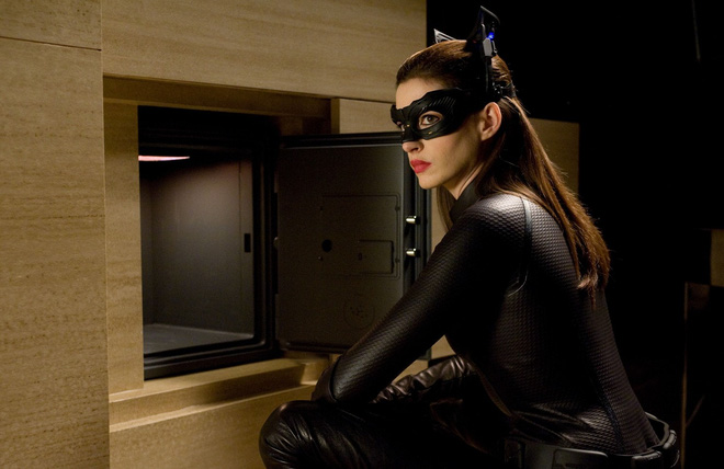 10 bí mật hậu trường của The Dark Knight Rises: Suýt chút nữa Leonardo DiCaprio đã cùng Heath Ledger đối đầu với Christian Bale - Ảnh 4.