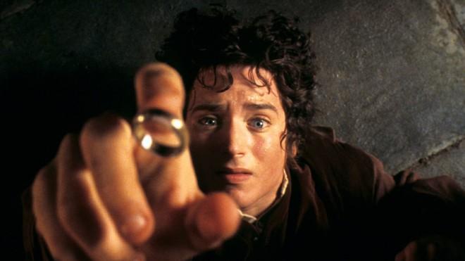 """Chàng diễn viên thủ vai """"Frodo"""" cho rằng không nên gọi series sắp ra mắt của Amazon là Lord of the Rings, dù bối cảnh vẫn ở vùng Trung Địa - Ảnh 1."""