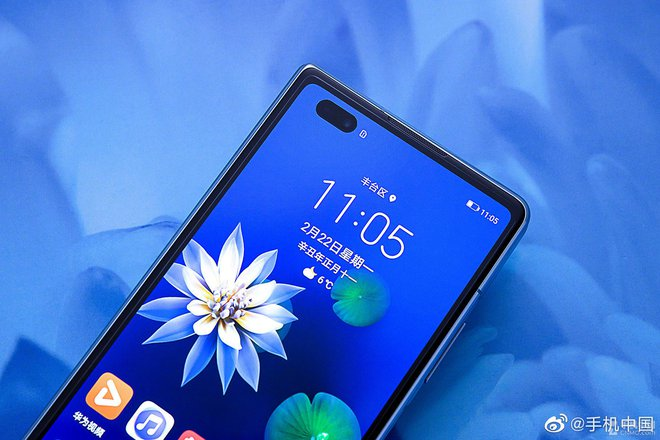 Cận cảnh Huawei Mate X2: Đối thủ xứng tầm của Galaxy Z Fold2 - Ảnh 5.