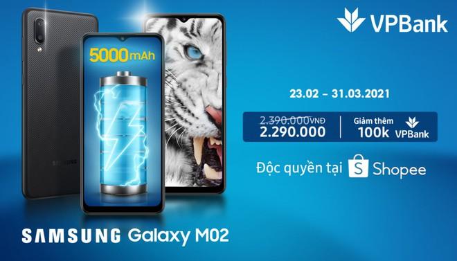 Mẫu smartphone này từ Samsung vừa bán hết veo 10.000 chiếc chỉ trong 10 tiếng - Ảnh 2.