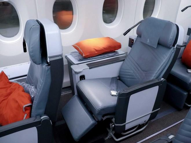 Bí mật ẩn sau 6 chiếc ghế luôn cháy vé của hãng hàng không Singapore Airlines - Ảnh 4.
