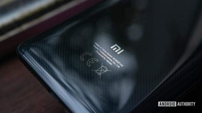 CEO Lei Jun ngầm ám chỉ rằng chiếc smartphone tiếp theo của Xiaomi sẽ có giá lên đến 1.500 USD - Ảnh 1.