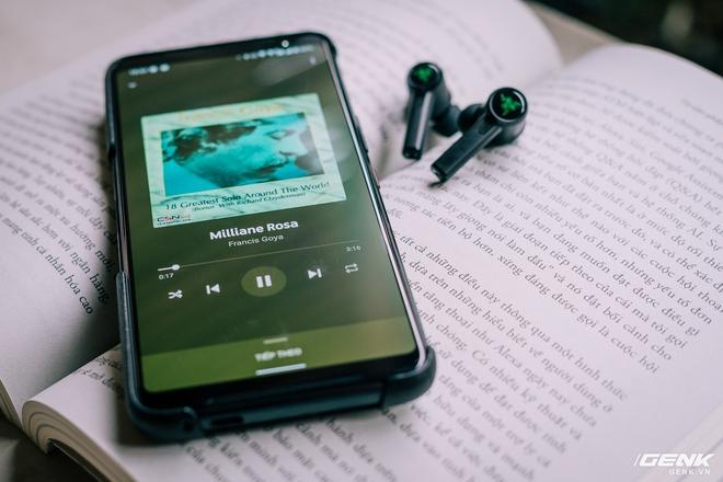 Đánh giá Razer Hammerhead True Wireless Pro: Chống ồn chỉ ở mức khá nhưng độ trễ thấp chính là điểm đáng tiền nhất - Ảnh 11.