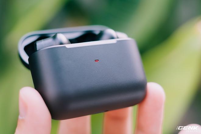 Đánh giá Razer Hammerhead True Wireless Pro: Chống ồn chỉ ở mức khá nhưng độ trễ thấp chính là điểm đáng tiền nhất - Ảnh 3.