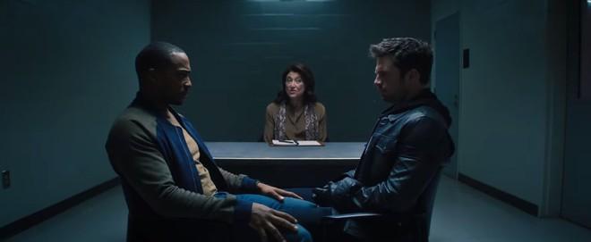 Trailer The Falcon & The Winter Soldier: hai anh bồ cũ của Cap thay nhau nghịch khiên, cháu gái của Peggy Carter bất ngờ xuất hiện - Ảnh 3.