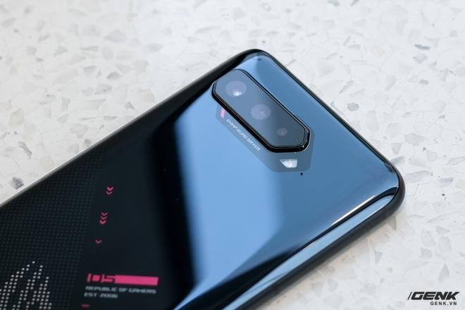 Mở hộp điện thoại Pay-to-win ROG Phone 5: Cứ Qualcomm Snapdragon 888 5G cùng 16GB RAM mà chiến! - Ảnh 17.