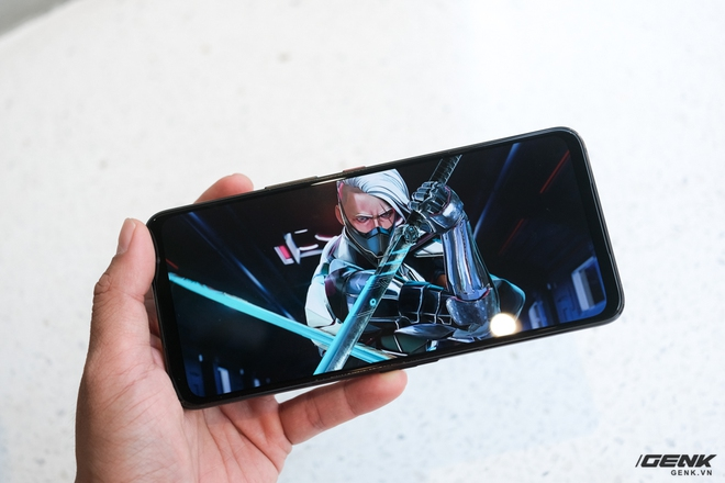 Mở hộp điện thoại Pay-to-win ROG Phone 5: Cứ Qualcomm Snapdragon 888 5G cùng 16GB RAM mà chiến! - Ảnh 7.