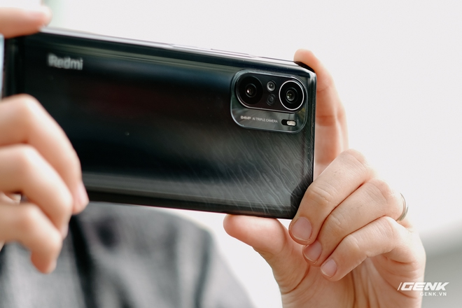 Trên tay Redmi K40 Pro tại VN: Phiên bản giá rẻ của Mi 11, chip Snapdragon 888, giá 10.7 triệu đồng - Ảnh 5.