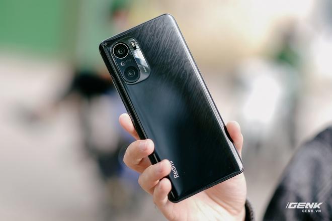 Trên tay Redmi K40 Pro tại VN: Phiên bản giá rẻ của Mi 11, chip Snapdragon 888, giá 10.7 triệu đồng - Ảnh 3.