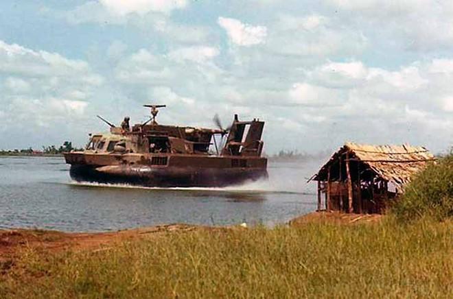 Quái vật tàu đệm khí Mỹ và thất bại cay đắng tại chiến trường khi lần đầu tham chiến (Phần 1) - Ảnh 3.