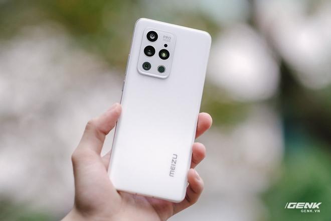 Trên tay Meizu 18 series tại VN: Thiết kế đẹp, màn hình QHD+ 120Hz, Snapdragon 888, giá từ 16.5 triệu đồng - Ảnh 7.