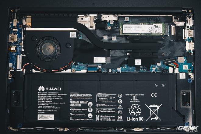 Đánh giá Huawei MateBook D14: Sơn tốt, nhưng gỗ chưa xứng tầm - Ảnh 12.