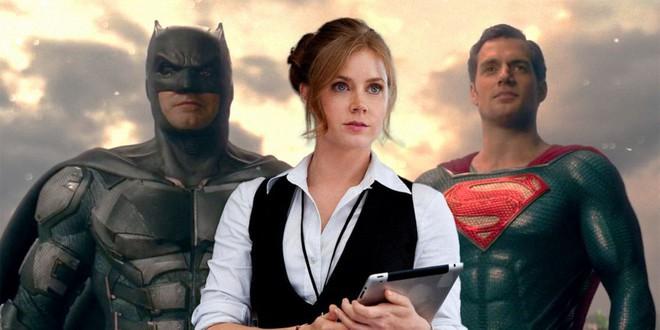 Zack Snyder hé lộ nội dung Justice League 3 làm fan đứng ngồi không yên: Con trai Superman trở thành Batman mới - Ảnh 2.