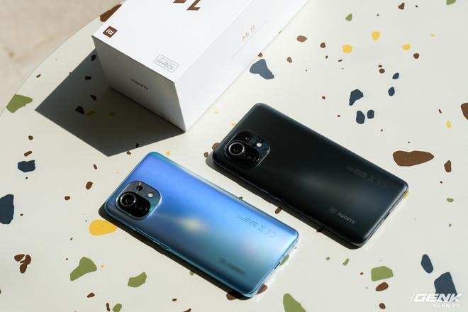 Mở hộp và cảm nhận nhanh Xiaomi Mi 11 5G: Chạy Snapdragon 888 cực khủng, màu Xanh Chân Trời rất đẹp, kèm sẵn củ sạc nhanh 55W - Ảnh 3.