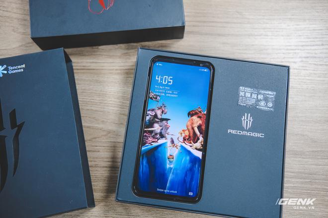 Trên tay Red Magic 6 Pro: Điện thoại gaming Snapdragon 888, màn hình 165Hz, sạc nhanh 120W cực khủng - Ảnh 7.