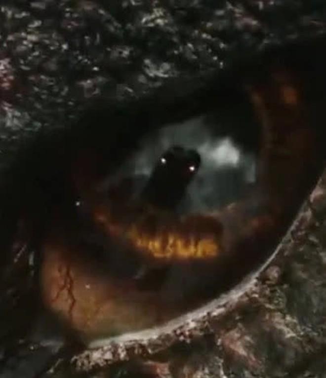 Godzilla vs. Kong tung thêm trailer mới trước thềm ra mắt 26/3, hé lộ vì sao 2 con quái thú phải đánh nhau sứt đầu mẻ trán - Ảnh 2.
