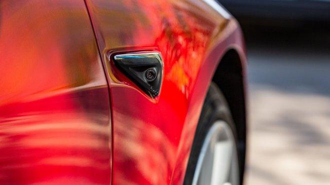Xe Tesla bị nghi ngờ dùng làm gián điệp, Elon Musk đáp trả cực gay gắt - Ảnh 1.