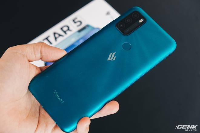 Trên tay Vsmart Star 5: Smartphone duy nhất trong tầm giá có vSIM kèm gói 4G miễn phí - Ảnh 14.