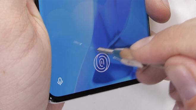 Thử nghiệm độ bền OnePlus 9 Pro: Hoàn thiện cao cấp, khó bị bẻ cong - Ảnh 6.