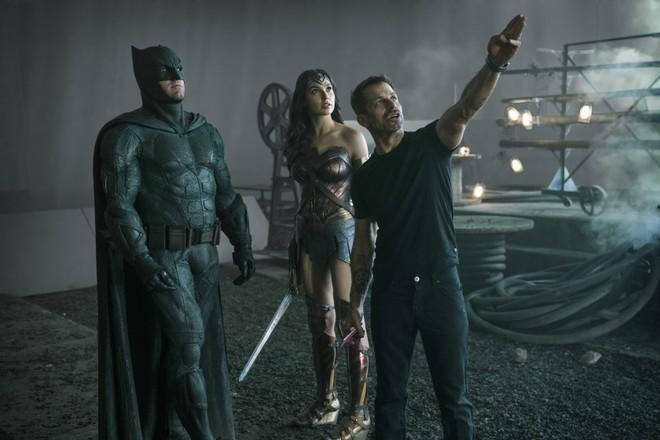 Zack Snyder: Warner Bros. căm ghét Batman v Superman, không muốn bộ phim này liên quan đến Justice League - Ảnh 2.