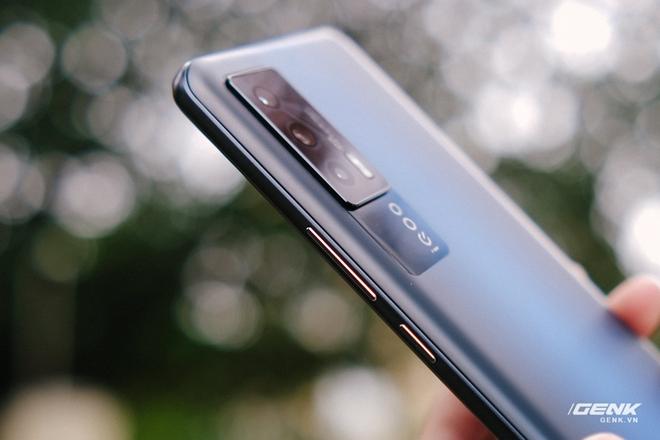 Trên tay iQOO Neo5 tại VN: Đối thủ cạnh tranh của Redmi K40, tập trung vào gaming, giá 9.9 triệu đồng - Ảnh 15.