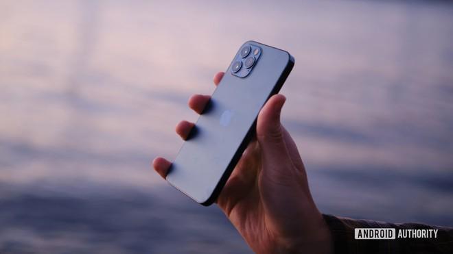 Những chiếc smartphone trâu nhất năm 2021 dành cho các tín đồ của mobile game - Ảnh 13.