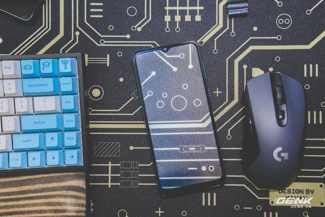 Có mức giá chỉ hơn 2 triệu đồng, Samsung Galaxy M02 liệu có đáng mua? - Ảnh 1.