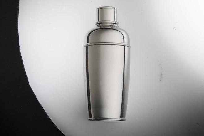 Nhiếp ảnh gia phát minh cách chụp những đồ vật bị bóng một cách đơn giản - Ảnh 9.