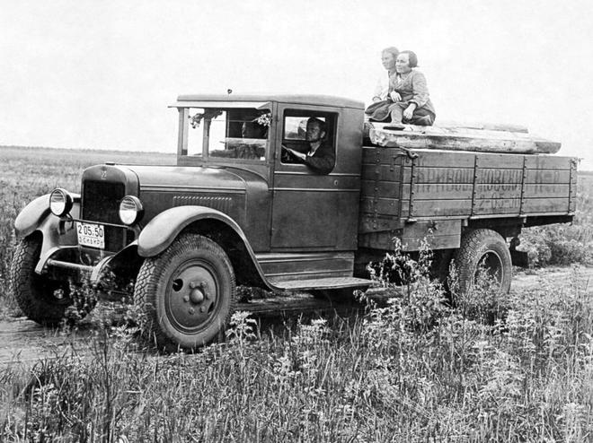 Đại chiến thế giới lần thứ II: Lịch sử những chiếc ô tô nổi tiếng của hai phe Xô – Đức - Ảnh 10.