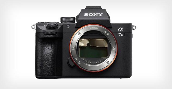 Sony bị kiện vì màn trập kém chất lượng của Alpha a7 III liên tục bị hỏng - Ảnh 1.