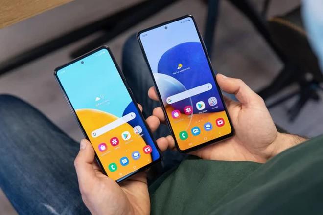 Top smartphone chống nước để hè này đem theo ra biển chơi, giá chỉ từ 8.5 triệu đồng - Ảnh 2.