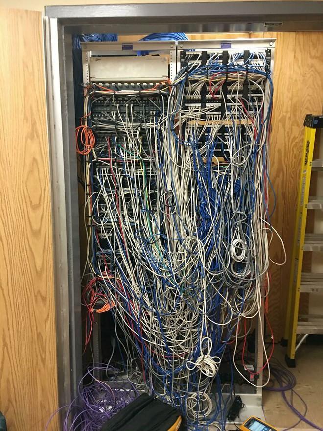 Những ngày bỗng dưng muốn khóc của nhân viên hỗ trợ kỹ thuật - Ảnh 9.