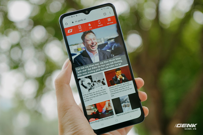 Trên tay Galaxy A02: Smartphone giá rất rẻ, pin rất trâu của Samsung - Ảnh 7.