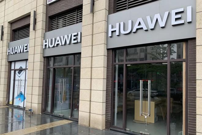 Ngôi sao Huawei đang lụi tàn trên thị trường smartphone Trung Quốc - Ảnh 1.