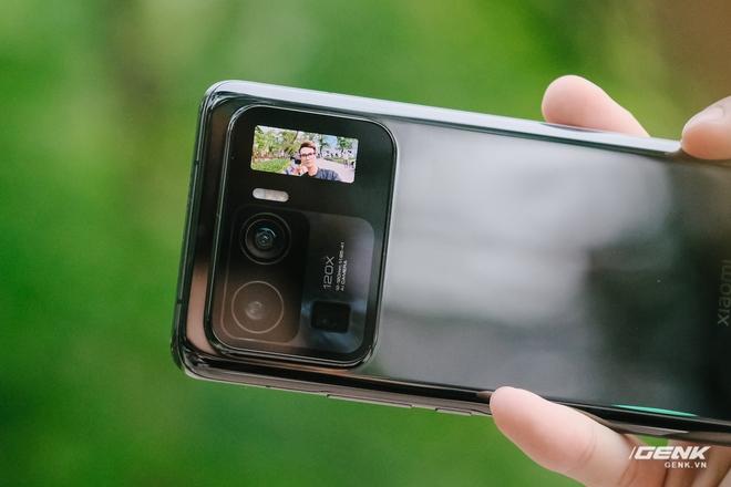 Trên tay Xiaomi Mi 11 Pro và Mi 11 Ultra: Nâng cấp chính về camera và sạc nhanh, bản Ultra có 2 màn hình cực chất, giá từ 20 triệu đồng - Ảnh 14.