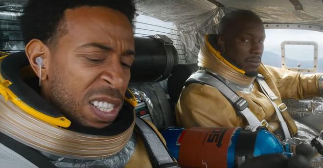 Để mọi thứ trở nên chân thực hơn, Fast & Furious 9 đã phải tham vấn các nhà khoa học về việc chế tạo ô tô không gian - Ảnh 1.