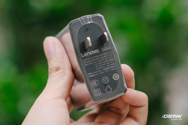 Trên tay máy chơi game Lenovo Legion Phone Duel 2 tại VN: Thiết kế độc lạ, camera selfie thò thụt, có 2 quạt tản nhiệt, 2 cổng sạc, giá chỉ từ 13.8 triệu đồng - Ảnh 3.