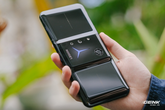 Trên tay máy chơi game Lenovo Legion Phone Duel 2 tại VN: Thiết kế độc lạ, camera selfie thò thụt, có 2 quạt tản nhiệt, 2 cổng sạc, giá chỉ từ 13.8 triệu đồng - Ảnh 7.