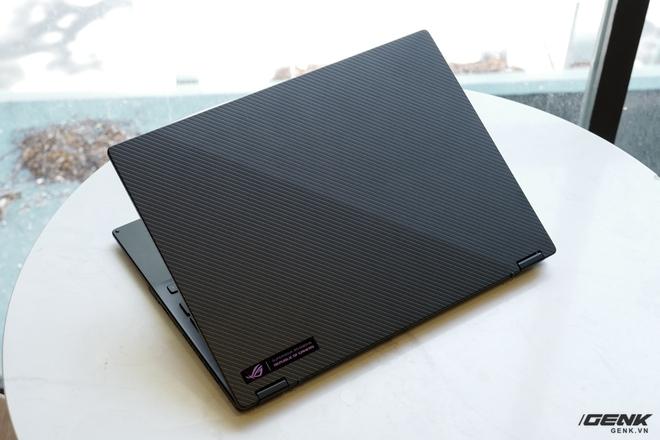 3 ngày dùng thử ASUS ROG Flow X13: Laptop chơi game giờ nhỏ gọn quá, không quen! - Ảnh 3.