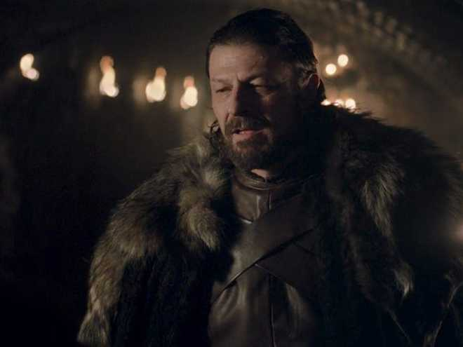 10 năm nhìn lại: Tập đầu tiên của Game of Thrones từng bị chủ tịch HBO chê đến mức phải làm lại, thay đổi hoàn toàn kịch bản lẫn diễn viên - Ảnh 11.