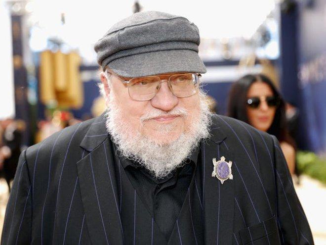 10 năm nhìn lại: Tập đầu tiên của Game of Thrones từng bị chủ tịch HBO chê đến mức phải làm lại, thay đổi hoàn toàn kịch bản lẫn diễn viên - Ảnh 12.