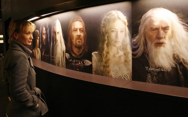 Series The Lord of the Rings tiêu tốn gần nửa tỷ USD cho mùa đầu tiên, bằng 5 mùa Game of Thrones cộng lại - Ảnh 2.